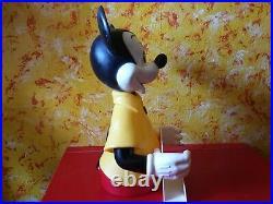 Micky Maus Mickey Mouse Figur mit Zeitschriftenhalter Werbeaufsteller Disney