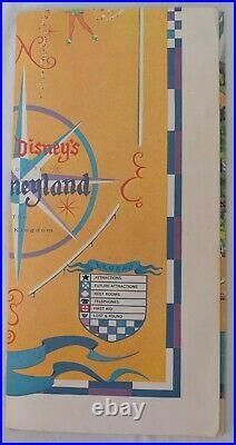 ORIGINAL 1968-vintage (Paper) Walt Disney Prod. DISNEYLAND Magic Kingdom MAP