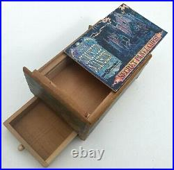 Rare 49 Year Old Vintage 1971 Walt Disney World Haunted Mansion Puzzle Box