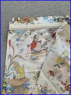Rare Retro Vintage Walt Disney Alice In Wonderland Fabric Pleat Curtains