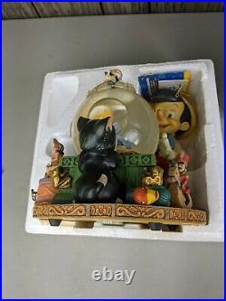 Vintage Walt Disney Store Pinocchio Toyland Snow Globe Victor Herbert OOP